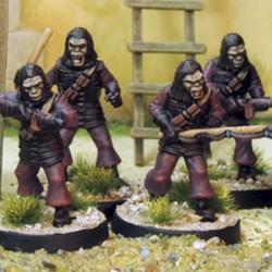 Hommes singes armes diverses