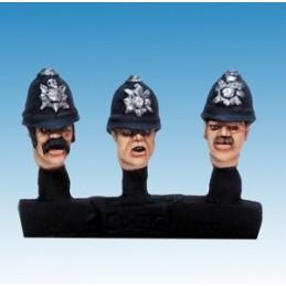 Têtes de policiers en casque