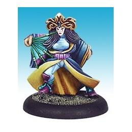 13409 Actrice Kabuki avec éventail de combat