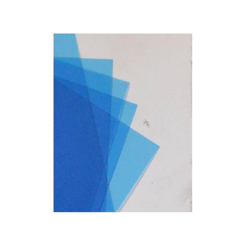 Vitres transparentes bleues