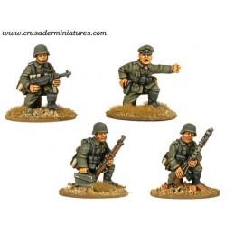 WWG006 - Infanterie à genoux avec fusils