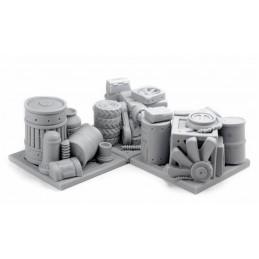 Piles de pièces détachées