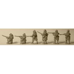 F107 Infanterie tiraillant avec paquetage
