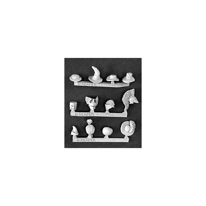 03202 Casques et chapeaux
