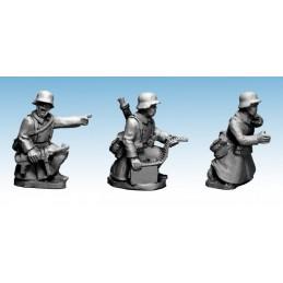 WWG181 - MG34 + servants en manteau