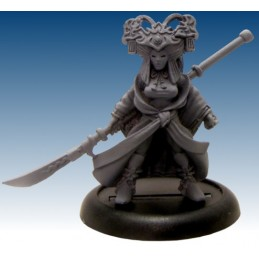 13420 Actrice Kabuki avec naginata