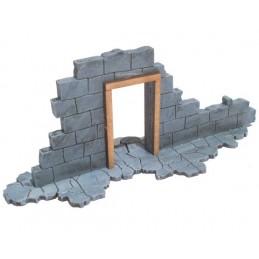 Ruine avec porte