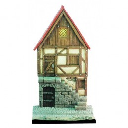 Façade de maison médiévale avec escalier