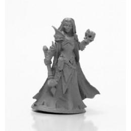 03980 Prêtresse elfe noir