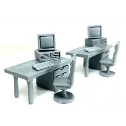 Bureaux avec ordinateurs (2)