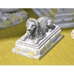 Lion sur piédestal