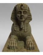 Bâtiments, statues et figurines égyptiens